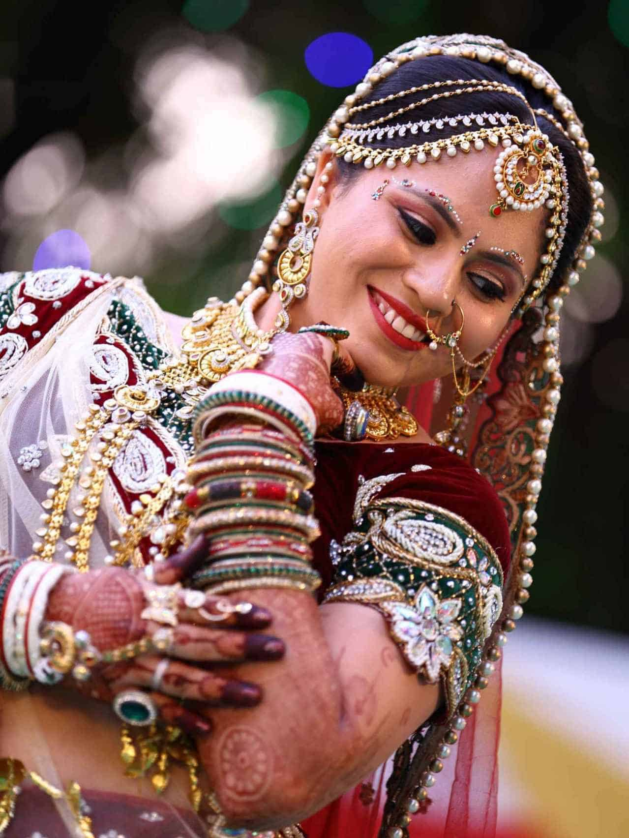 Indian woman with gold, India facts