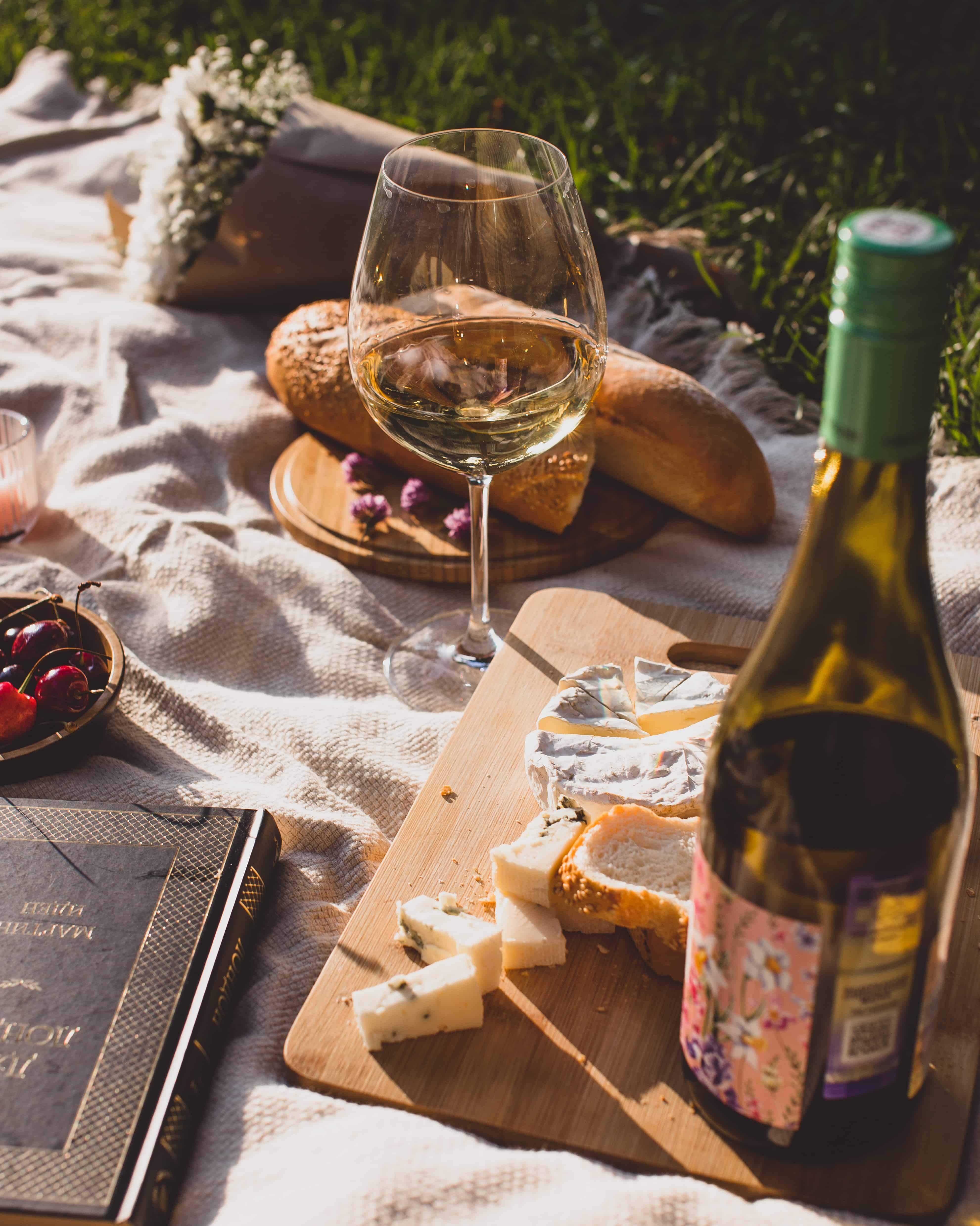 wine and bread, wine facts