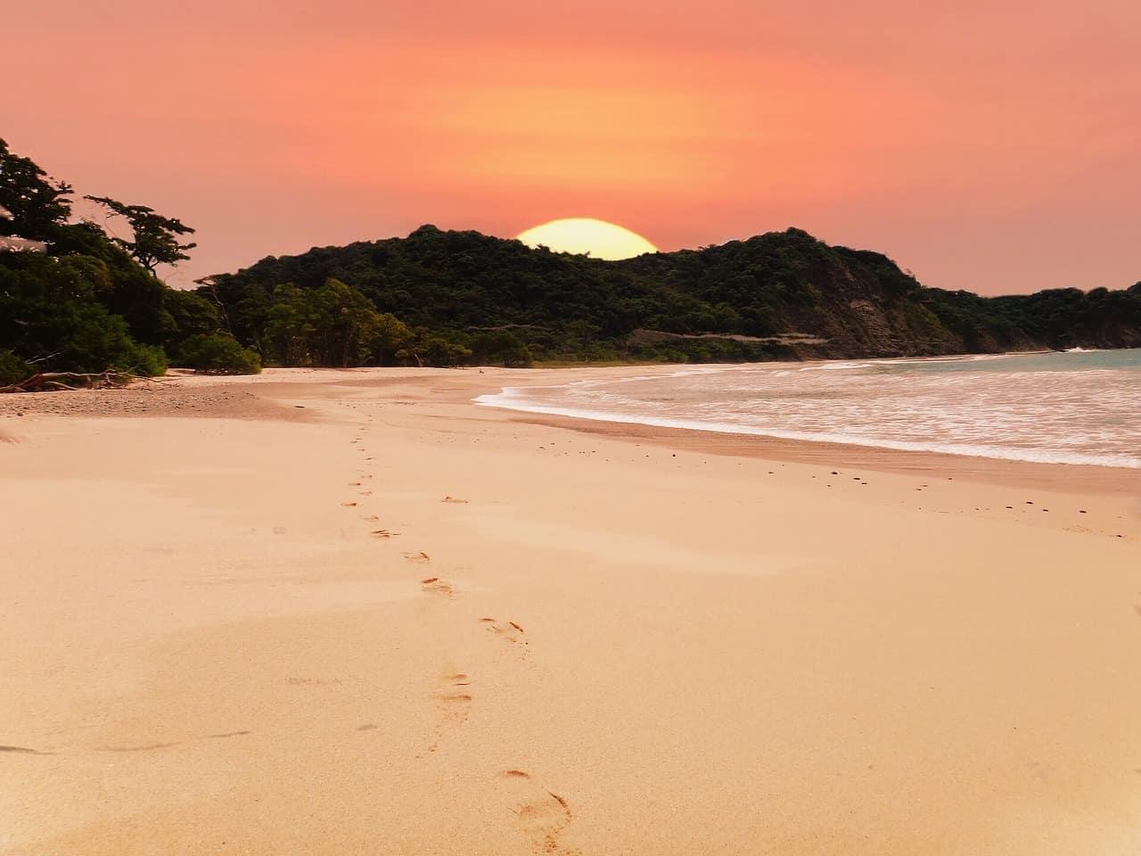 island, costa rica facts