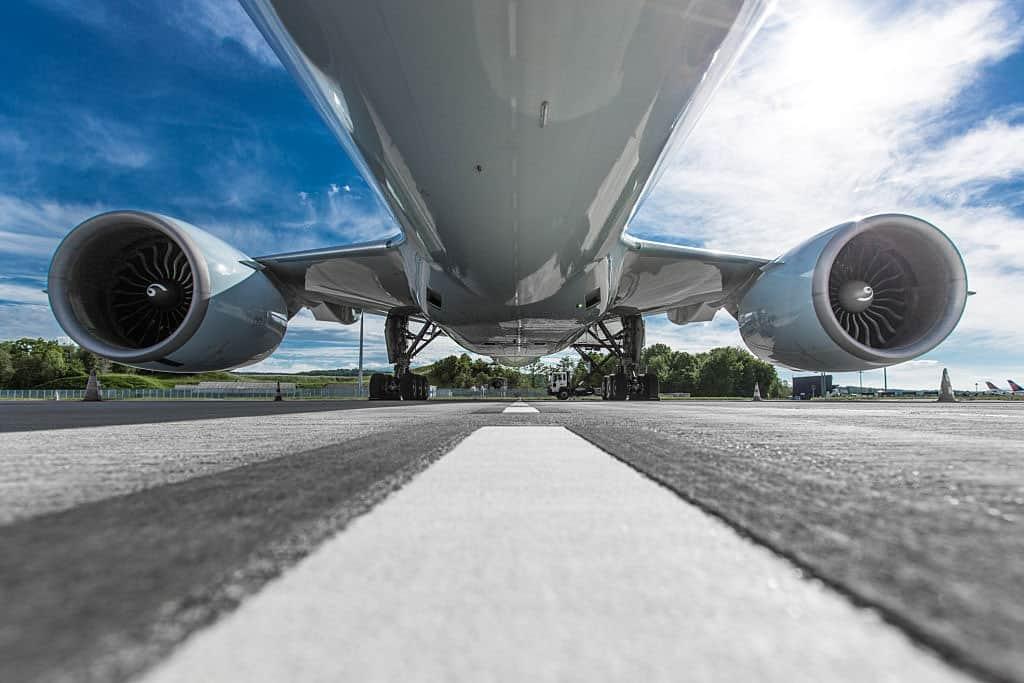 titanium for airplanes