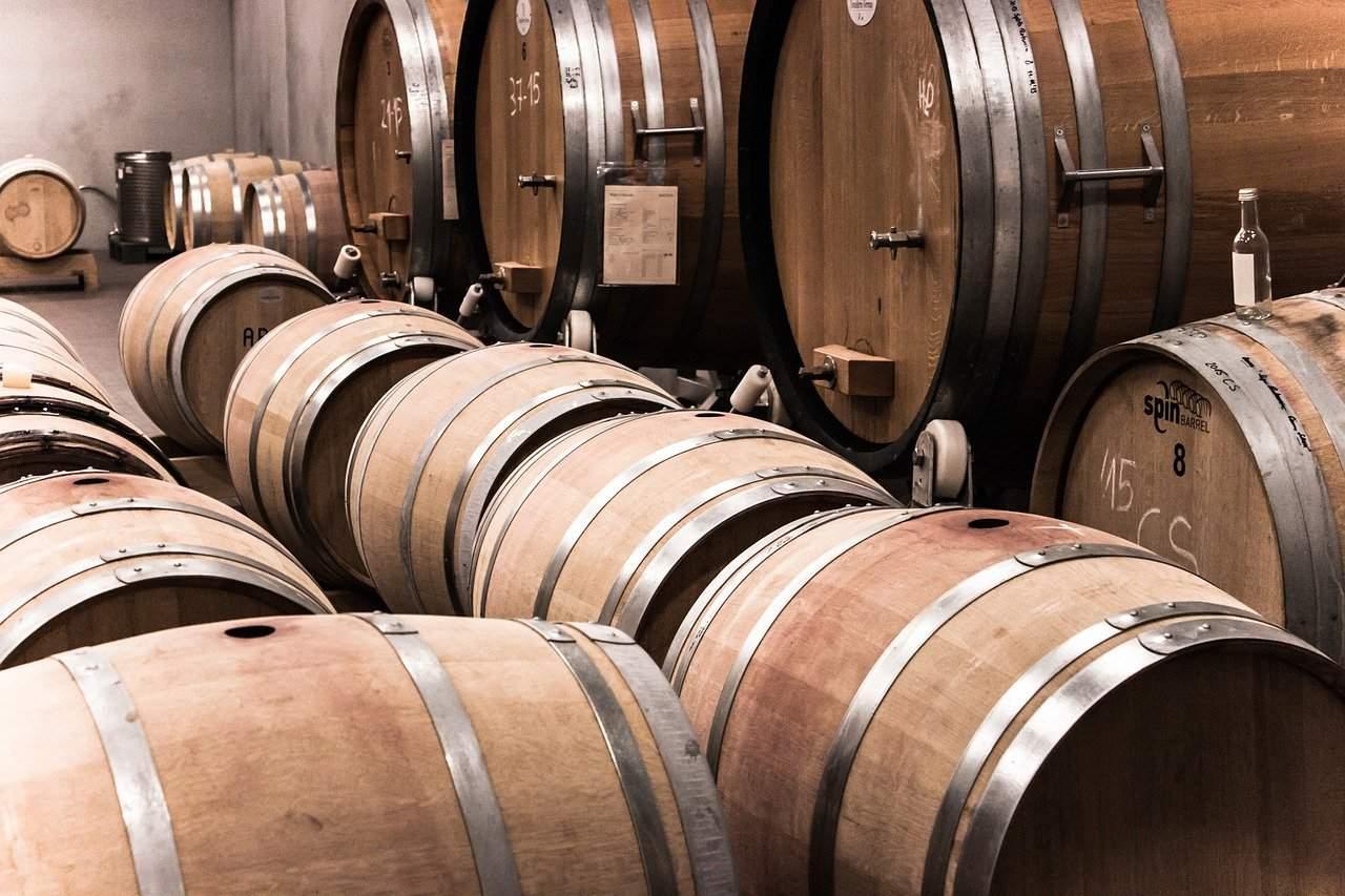 wine barrels, wine facts