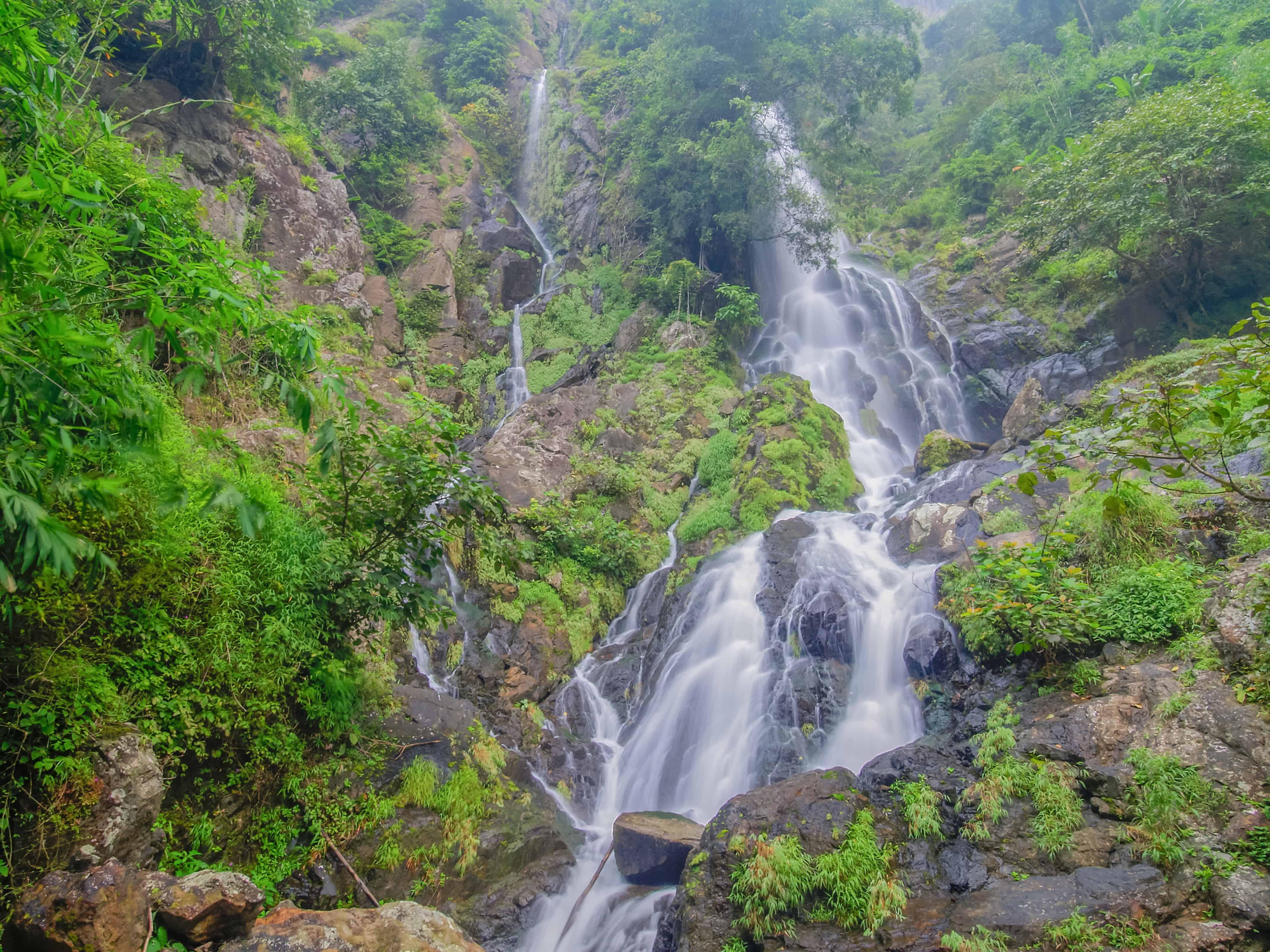 Krok E-Dok Waterfall, Thailand