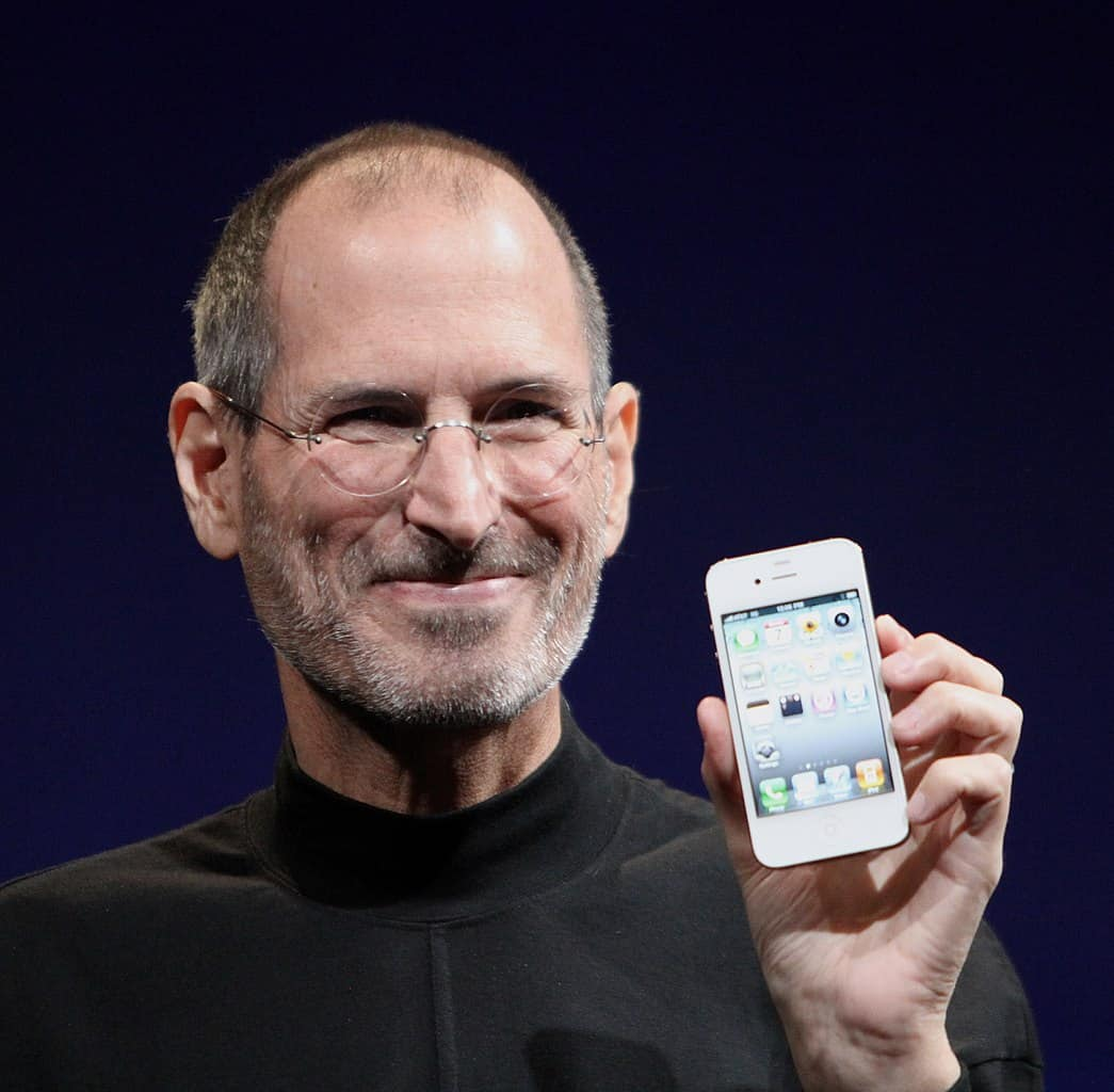 king of phones, steve jobs, apple