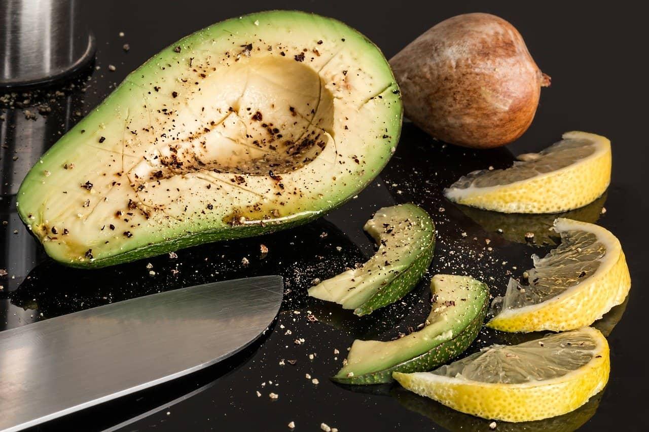 avocado nutritional facts