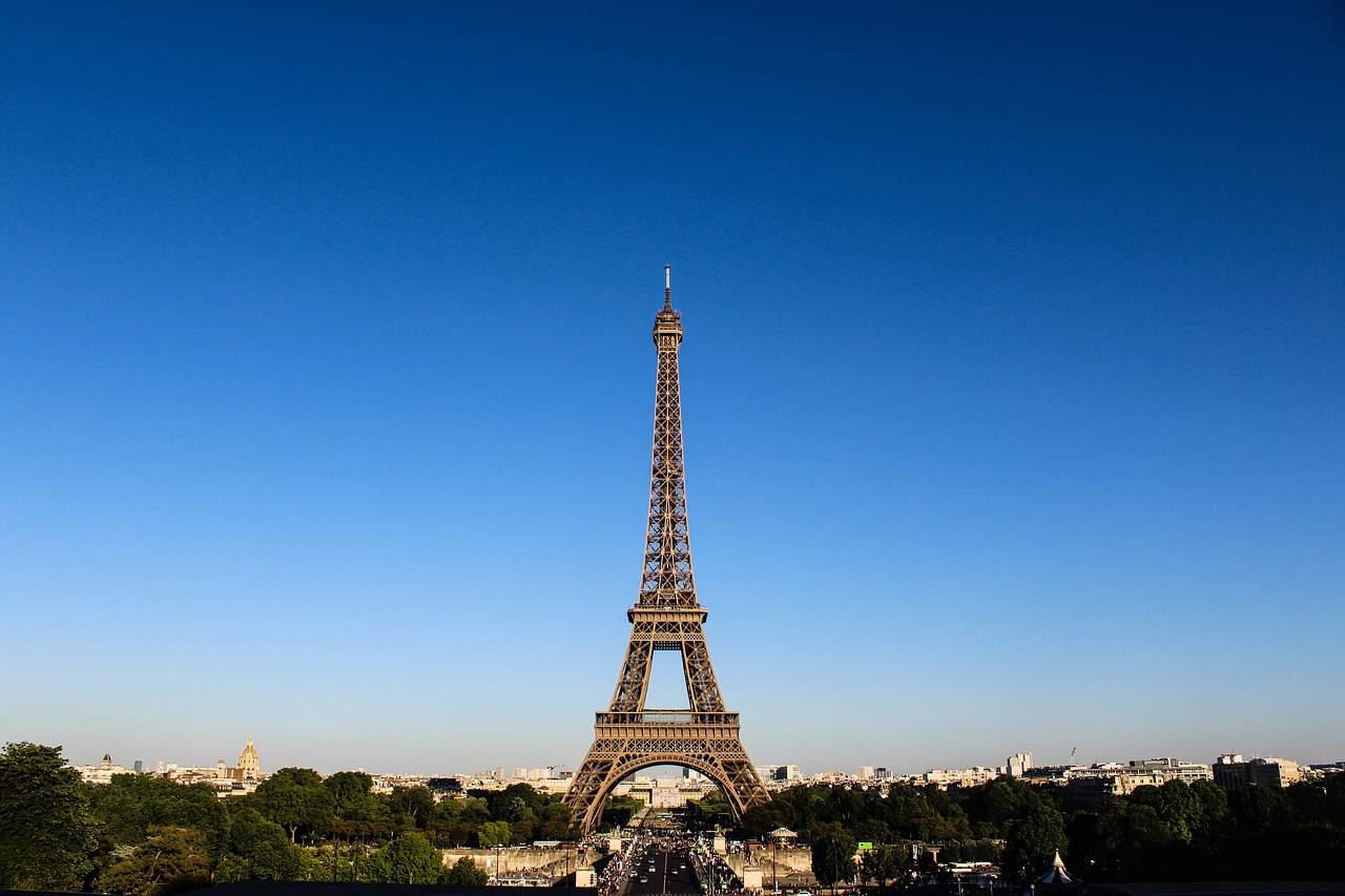 eiffel tower in paris, paris facts