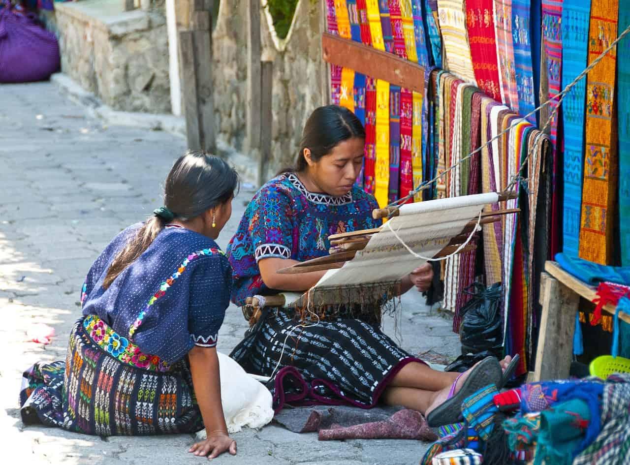 women, fabric, guatemala facts