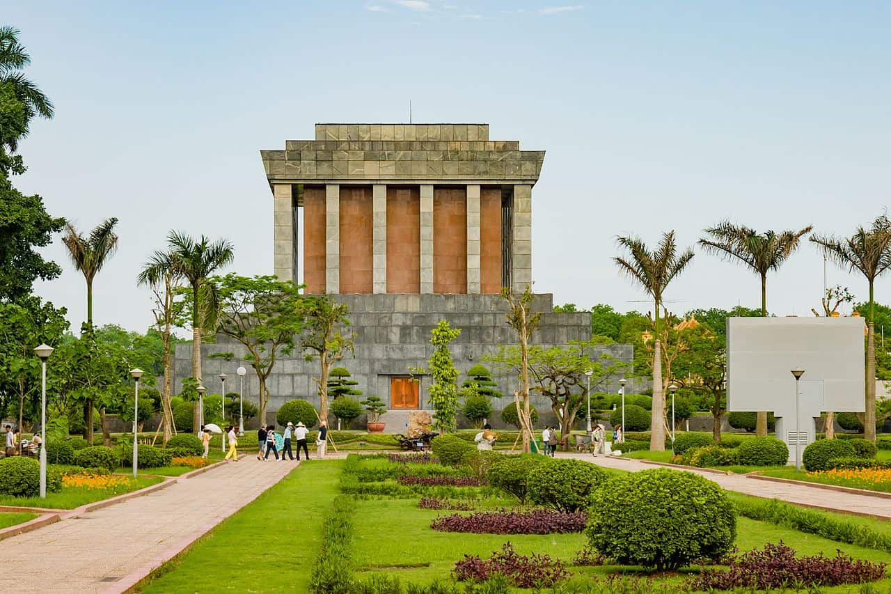 mausoleum museum, vietnam, vietnam facts