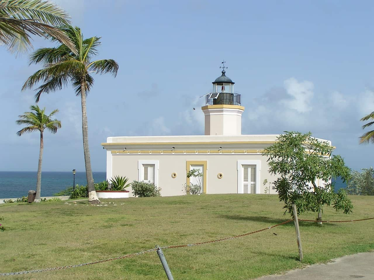 vieques, puerto rico, lighthouse