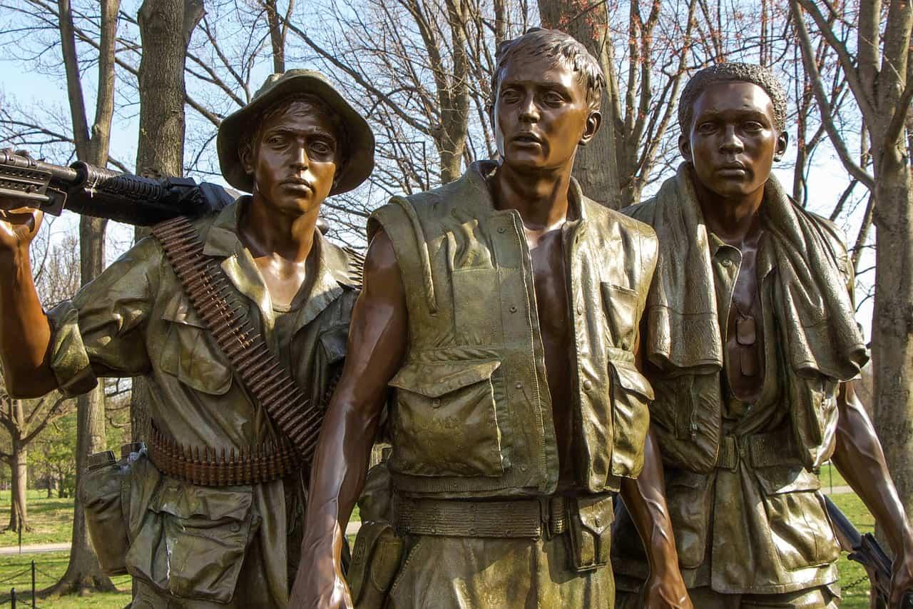 vietnam war memorial, vietnam facts