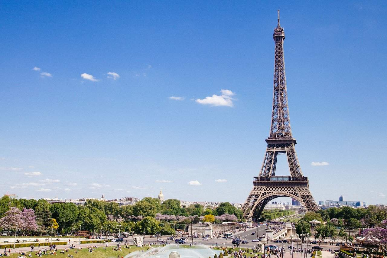 eiffel tower facts, landmarks facts