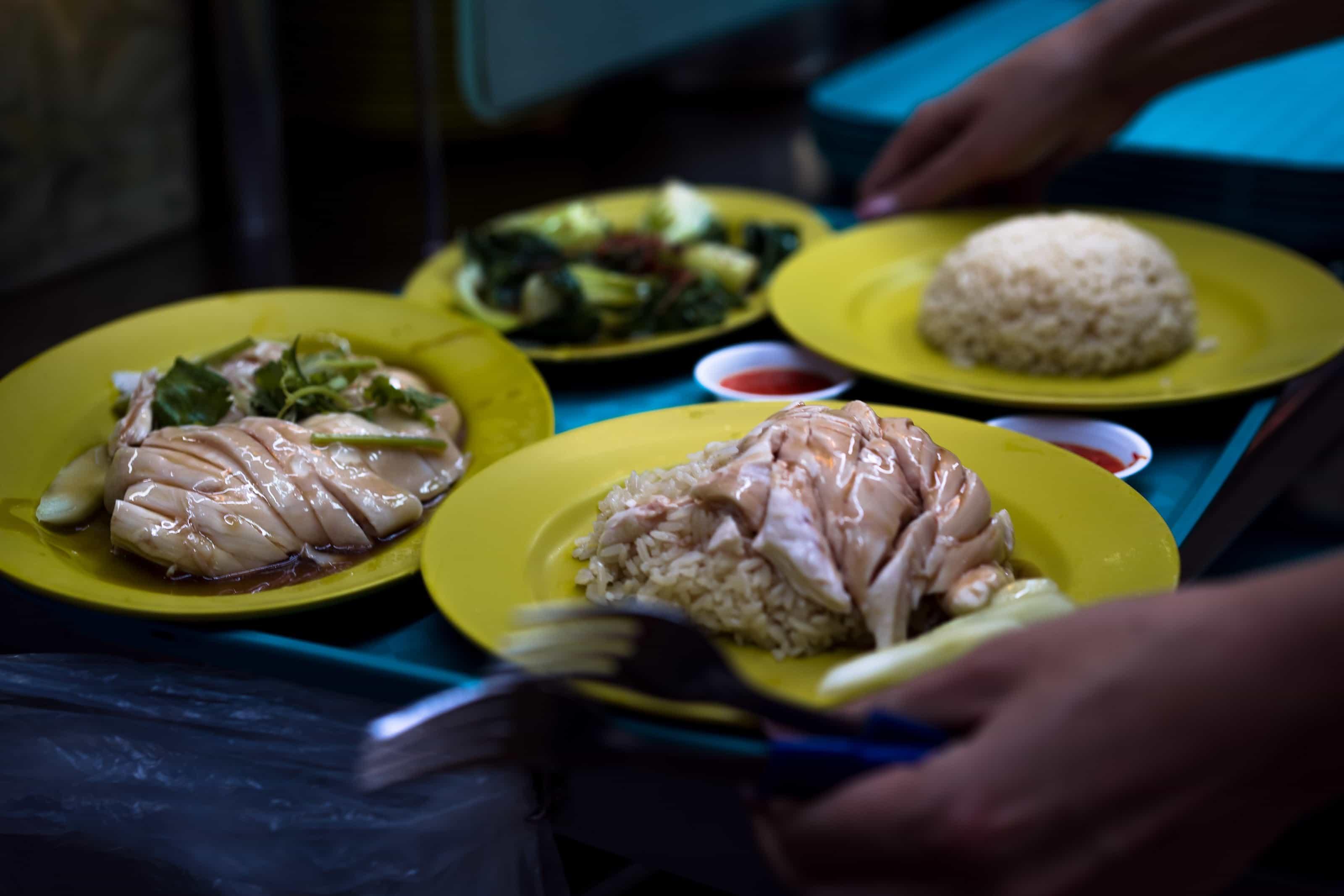 hainanese chicken rice, singapore food, singapore facts