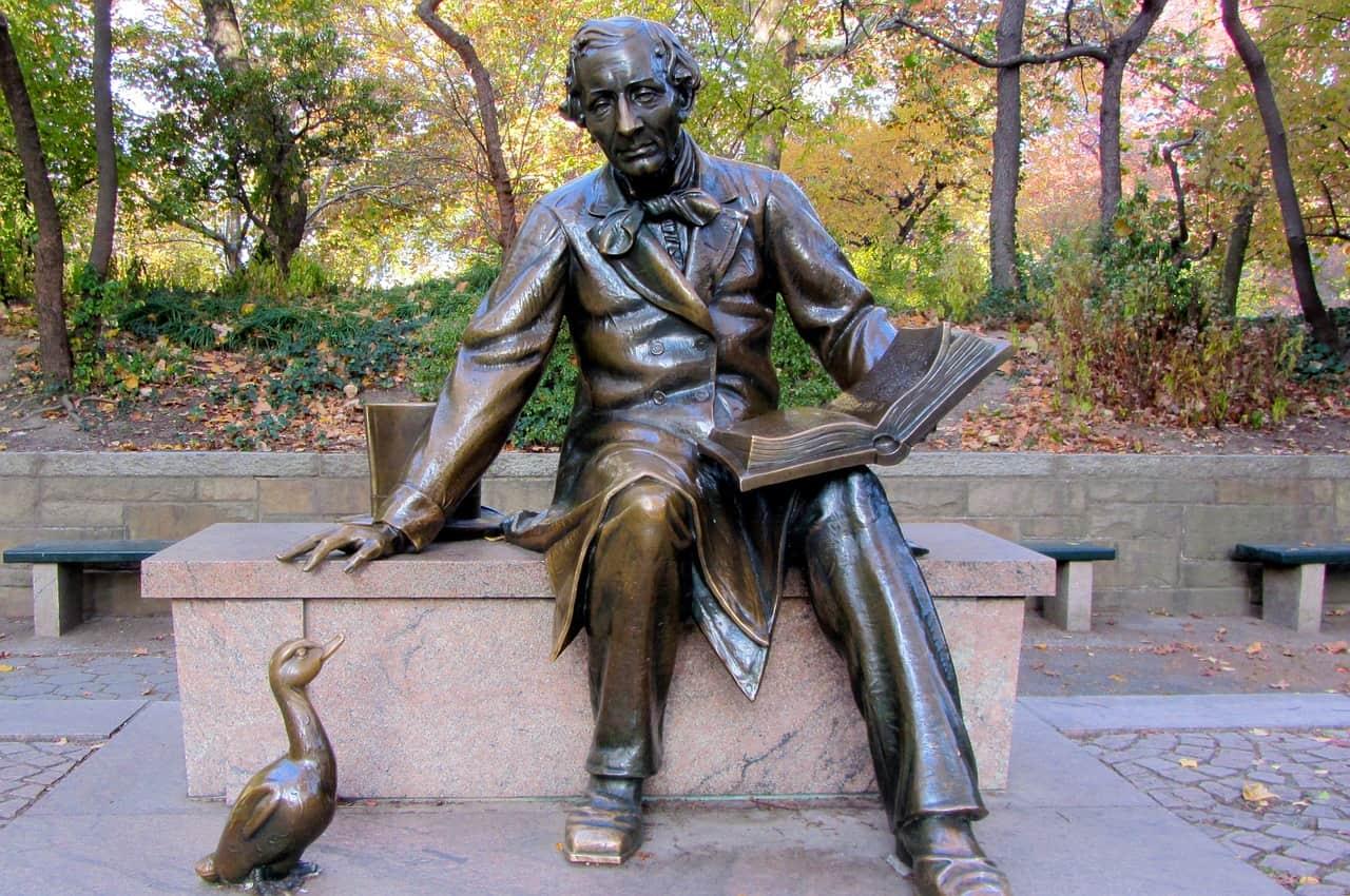 statue, hans christian andersen, denmark facts