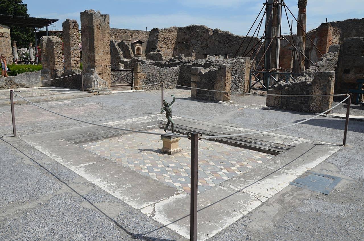 house of faun in pompeii