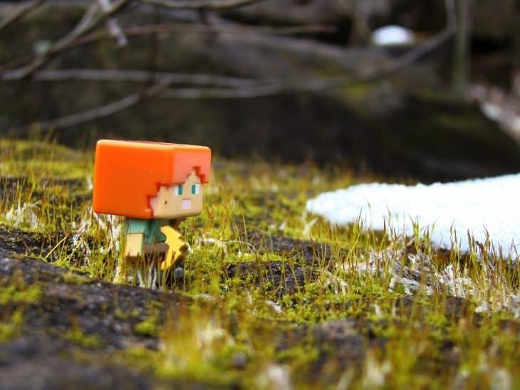 figurine, grass, snow, minecraft, axe