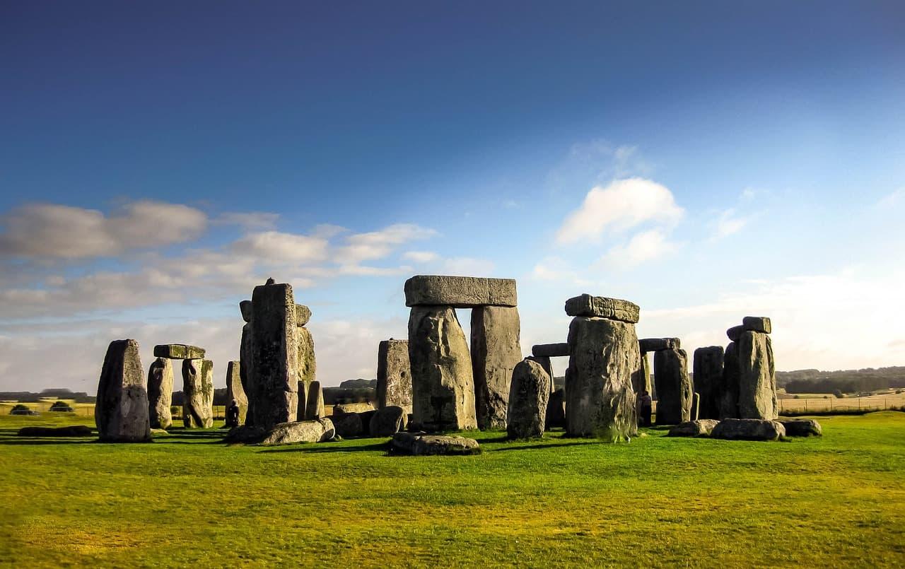 stonehenge facts, landmarks facts