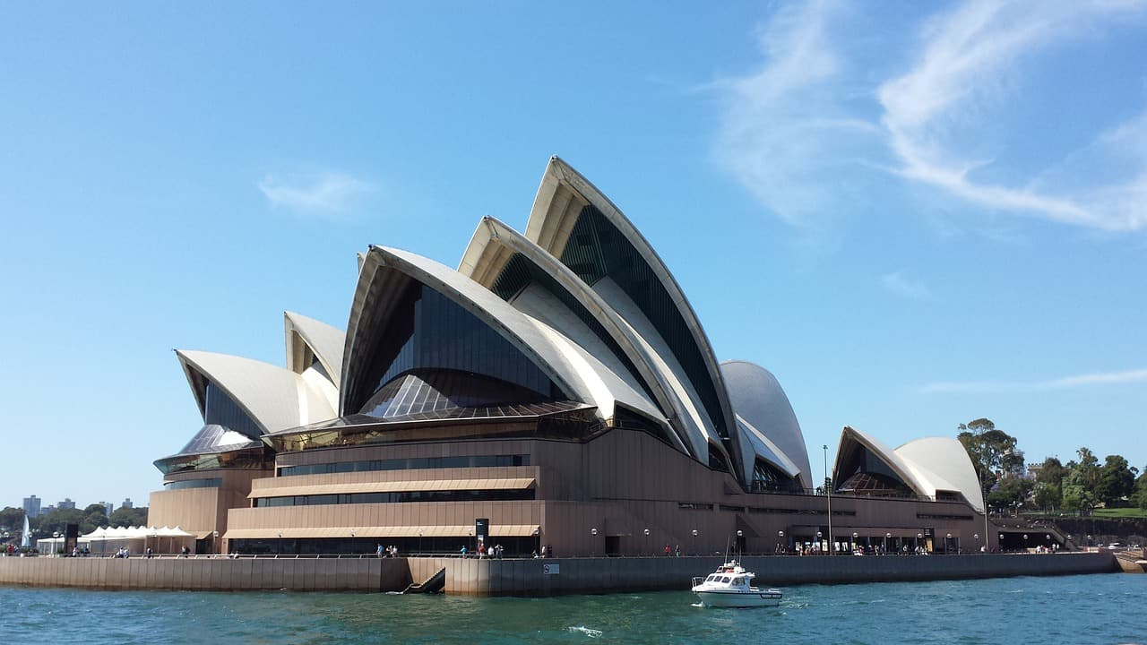 sydney opera house facts, landmarks facts