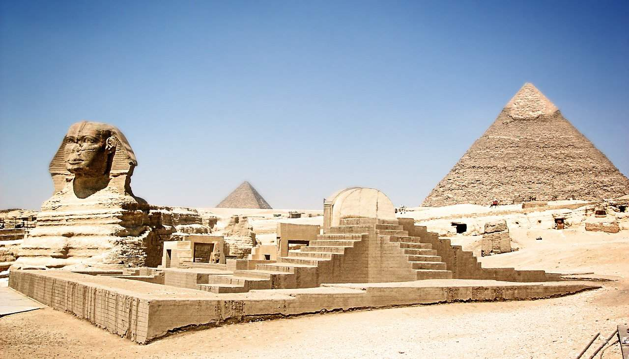 the great pyramid of giza facts, landmarks facts