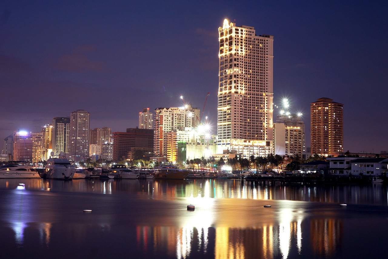 Manila Bay, cities facts
