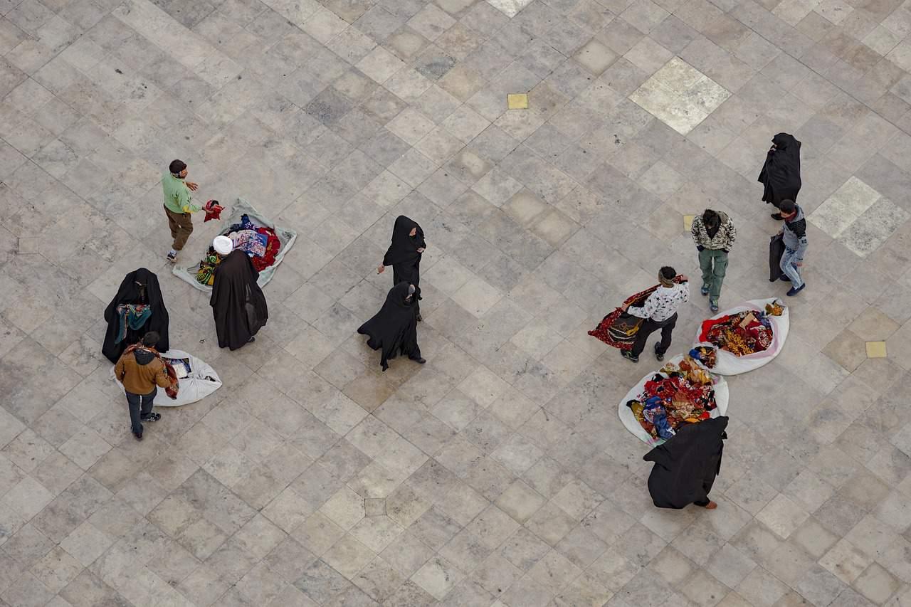 iranian women wearing hijab