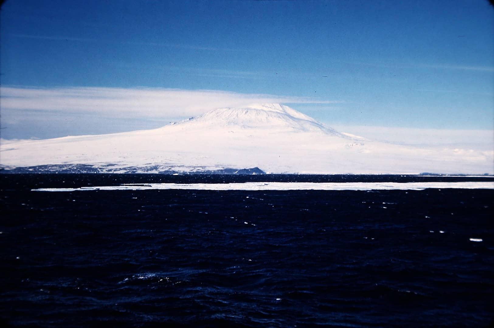 mount erebus, antarctica facts