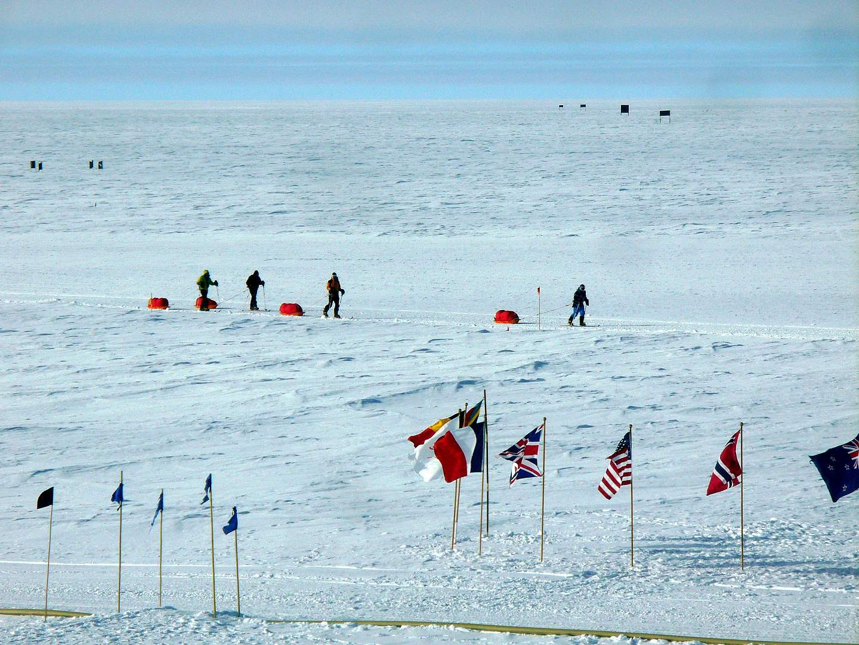 south pole, antarctica facts