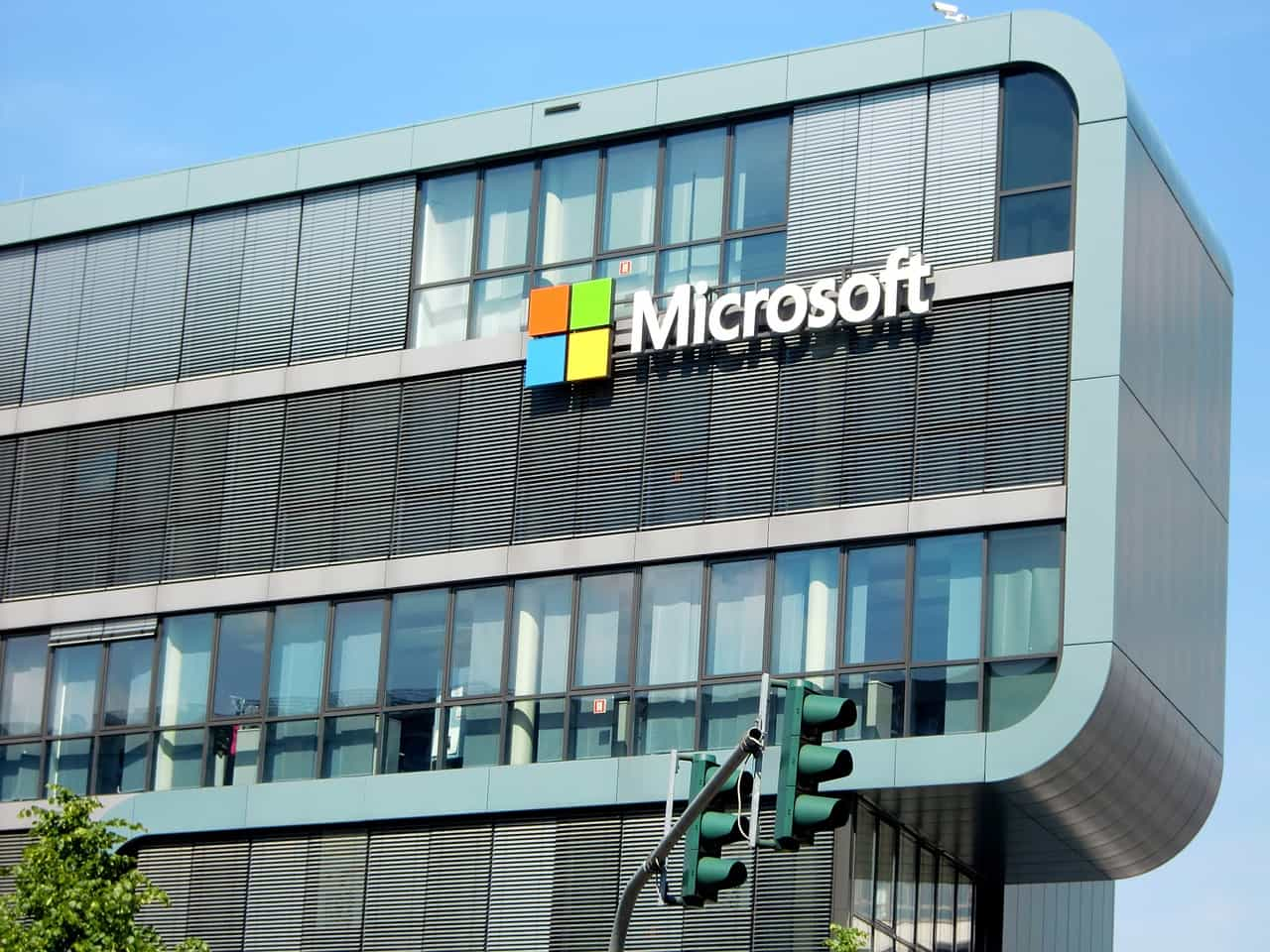 microsoft, hotmail facts