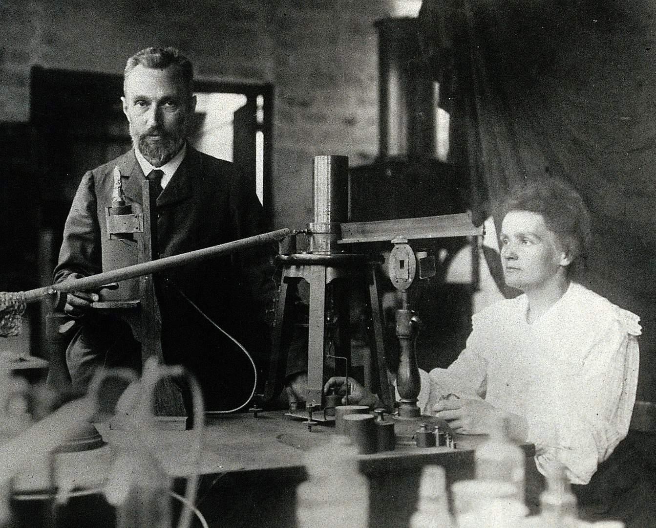Marie Curie Gerçekler, Laboratuvardaki Curie