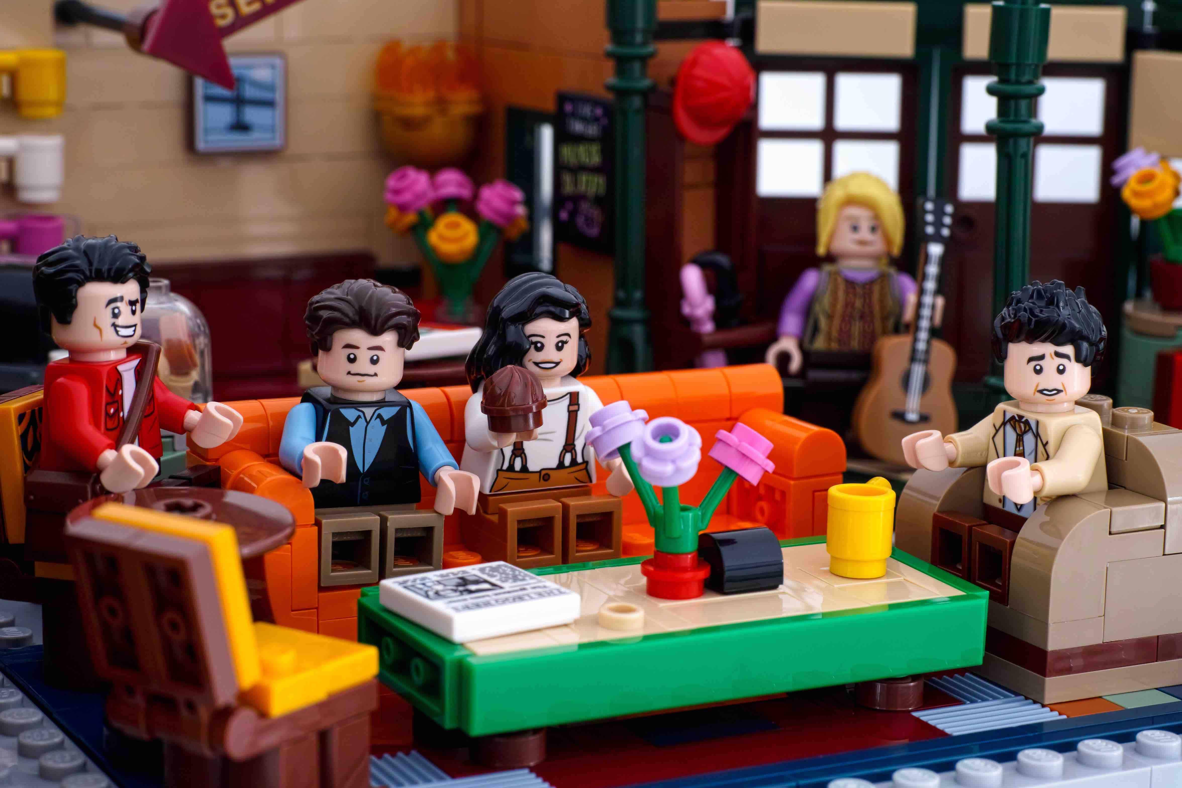 Lego model of Friends, Friends facts