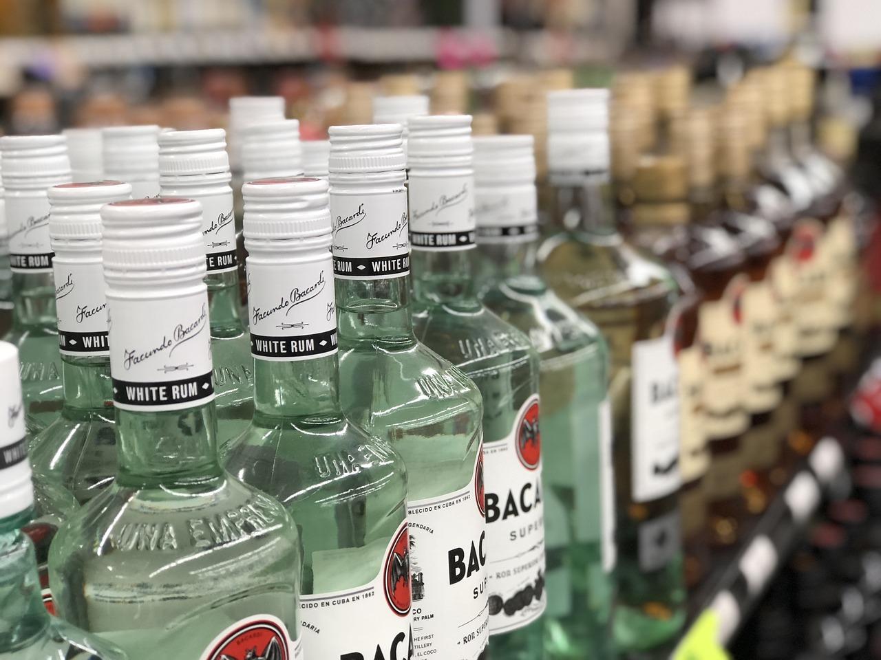 liqour, alcohol