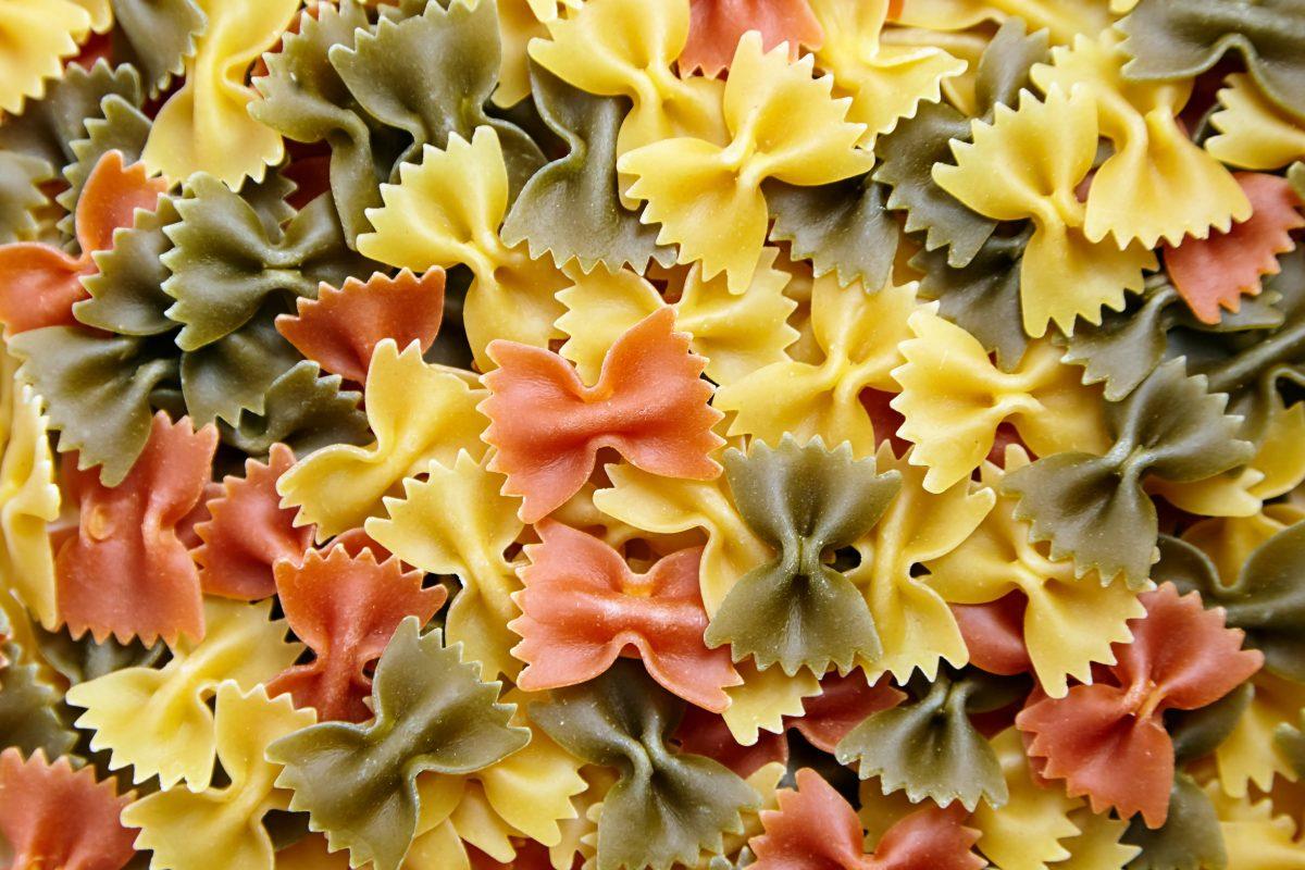 Farfalle tricolore uncooked