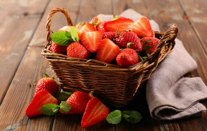 basket of strawberries, strawberry facts