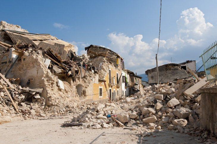 Earthquake Facts, Earthquake Ruins